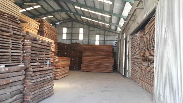 harga kayu meranti oven