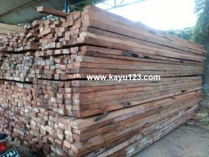 kayu-kelapa-sulawesi